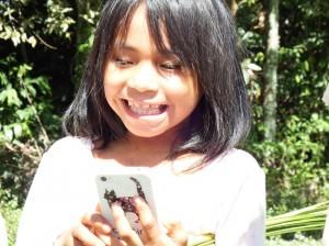 Peruvian girl low